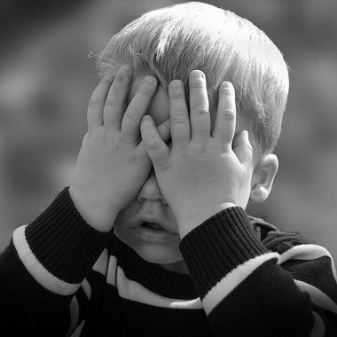 jpg - 被害妄想の原因とは? 症状を知り統合失調症やうつ病など病気に対応しよう