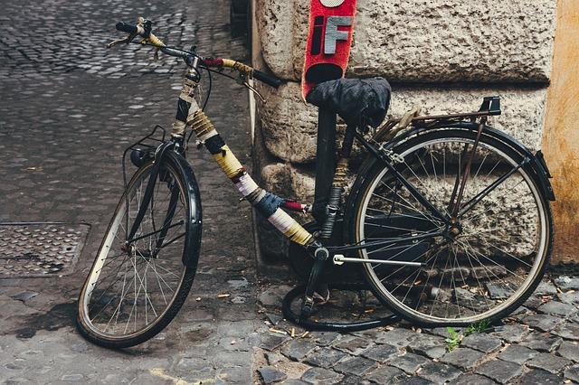 bike 2197007 640 - 自転車の引き取り料金は? アサヒ,イオンなど 無料の廃棄処分サービスも東京,大阪